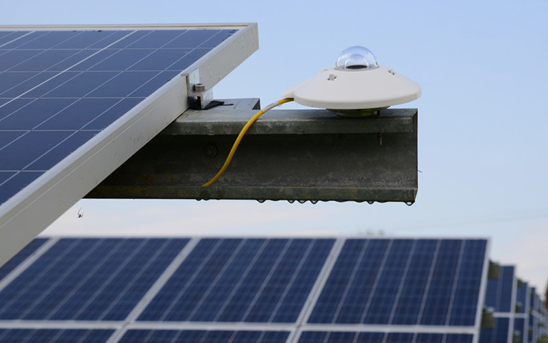 A comparison of Photovoltaic & Thermopile Pyranometers Measurements